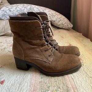 Miz Mooz Brown Suede boots